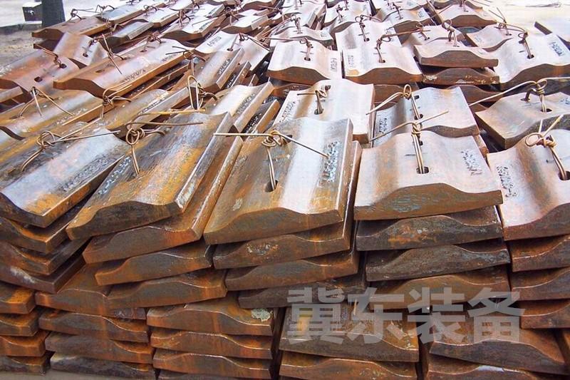JIDD冀东装备 水泥设备 各类磨机回转窑备件 篦板架 锤头 衬板 筒体 拖轮及拖轮轴