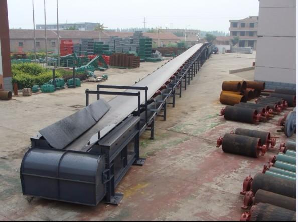 输送机 皮带输送机生产厂家 输送量大、结构简单、维修方便、成本低