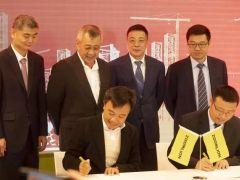 中国制造持续火热 新加坡企业批量采购中联重科大型塔机!