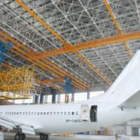 西安起重机厂家销售-飞机维修大跨度多支点起重机