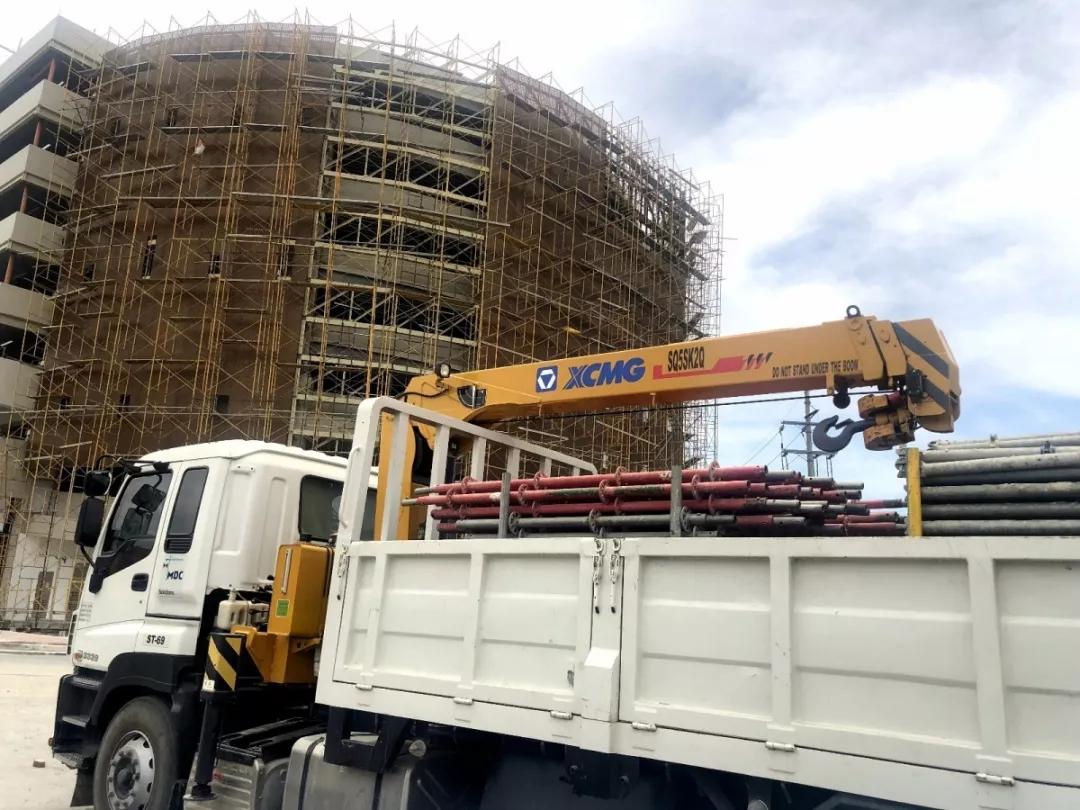 海外动向 | 徐工随车起重机助力菲律宾大型商场建设项目