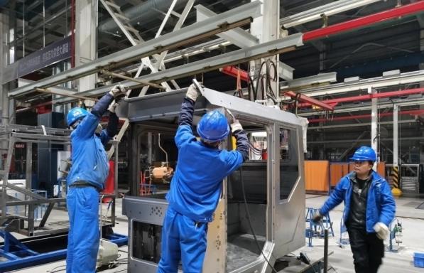 一品传承注册山河智能SWK90矿卡驾驶室顺利发货,开发速度刷新纪录