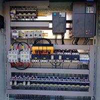 河南起重机专用变频电器柜圣斯电气